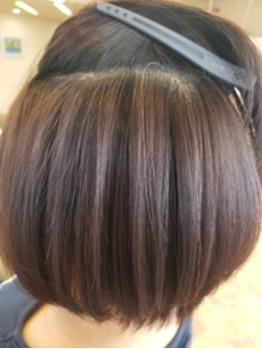 中のくせ毛までしっかり伸びる縮毛矯正